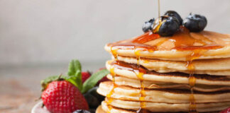 pancakes for breakfast - carbohydrates in the human diet